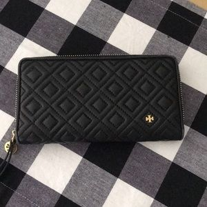 Authentic black Tory Burch wallet